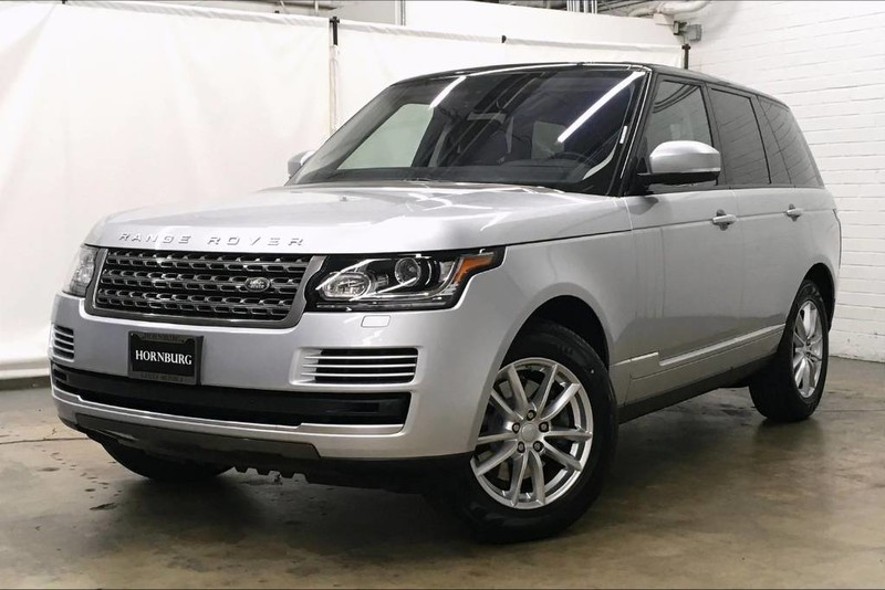 Pre-Owned 2016 Land Rover Range Rover SE